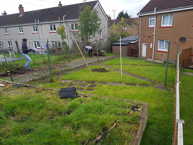 Before photo of the garden in Peat Road, Pollock