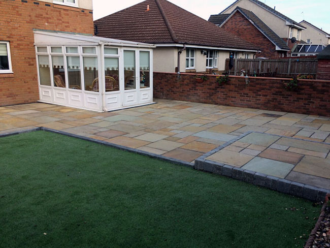 Patios, Garden Decking, Artificial Grass and Driveways Glasgow